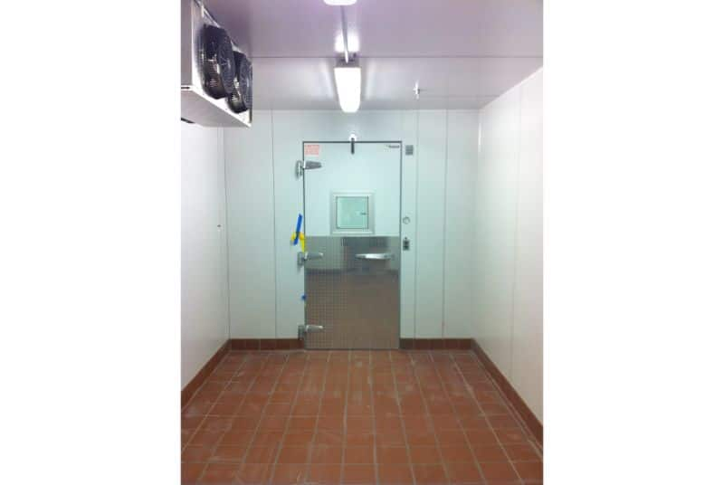 Combination walk-in cooler and freezer