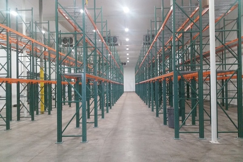 Refrigerated Warehouses: Choose Continuous Line Panels for an Effective Solution